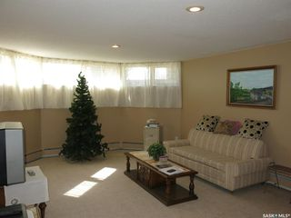 Photo 25: 103 Maywood Place in Nipawin: Residential for sale : MLS®# SK809334