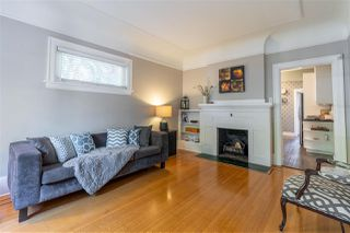 Photo 3: 1735 E 15TH Avenue in Vancouver: Grandview Woodland House for sale (Vancouver East)  : MLS®# R2461451