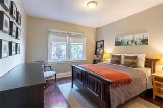 Photo 4: 1735 E 15TH Avenue in Vancouver: Grandview Woodland House for sale (Vancouver East)  : MLS®# R2461451