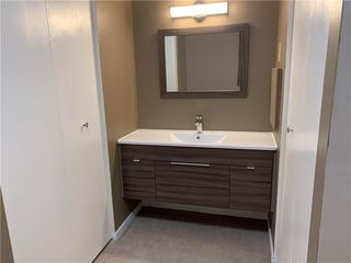 Photo 14: 115 3000 Pembina Highway in Winnipeg: Condominium for sale (1K)  : MLS®# 202013936