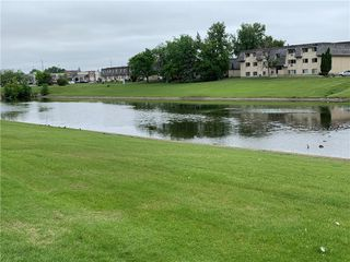 Photo 3: 115 3000 Pembina Highway in Winnipeg: Condominium for sale (1K)  : MLS®# 202013936