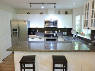 """Photo 4: 24 7640 BLOTT Street in Mission: Mission BC Townhouse for sale in """"AMBERLEA"""" : MLS®# R2469418"""
