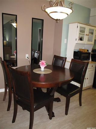 Photo 2: 201 802B Kingsmere Boulevard in Saskatoon: Lakeview SA Residential for sale : MLS®# SK824377