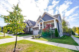 Photo 2: 6195 140B Street in Surrey: Sullivan Station House for sale : MLS®# R2501836