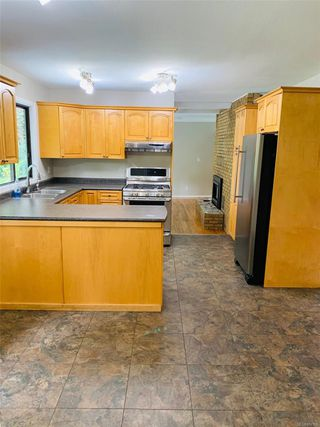 Photo 10: 2520 Spring Rd in : CR Campbell River North House for sale (Campbell River)  : MLS®# 857158