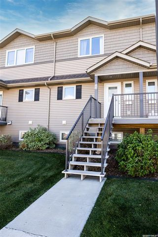 Photo 3: 104 1303 Richardson Road in Saskatoon: Hampton Village Residential for sale : MLS®# SK829058