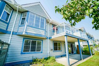 """Photo 1: 140 28 RICHMOND Street in New Westminster: Fraserview NW Townhouse for sale in """"CASTLE RIDGE"""" : MLS®# R2514701"""