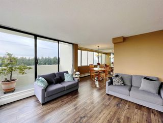 "Photo 6: 1904 4300 MAYBERRY Street in Burnaby: Metrotown Condo for sale in ""Times Square"" (Burnaby South)  : MLS®# R2526993"