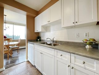 "Photo 12: 1904 4300 MAYBERRY Street in Burnaby: Metrotown Condo for sale in ""Times Square"" (Burnaby South)  : MLS®# R2526993"