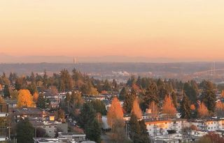 "Photo 2: 1904 4300 MAYBERRY Street in Burnaby: Metrotown Condo for sale in ""Times Square"" (Burnaby South)  : MLS®# R2526993"