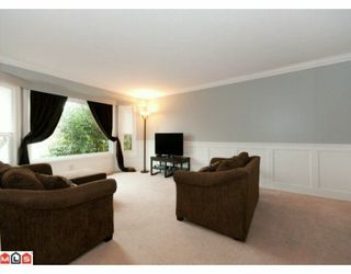 "Photo 2: 5885 ANGUS Place in Surrey: Cloverdale BC House for sale in ""JERSEY HILLS"" (Cloverdale)  : MLS®# F1004441"