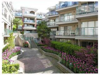 """Photo 10: 123 332 LONSDALE Avenue in North Vancouver: Lower Lonsdale Condo for sale in """"CALYPSO"""" : MLS®# V822251"""