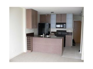 "Photo 2: 1210 909 MAINLAND Street in Vancouver: Downtown VW Condo for sale in ""YALETOWN PARK"" (Vancouver West)  : MLS®# V854802"