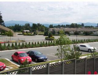 "Photo 10: 258 32691 GARIBALDI Drive in Abbotsford: Abbotsford West Townhouse for sale in ""Carriage Lane"" : MLS®# F2822802"