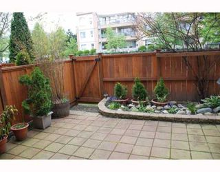 "Photo 9: 2 2420 PITT RIVER Road in Port_Coquitlam: Mary Hill Townhouse for sale in ""PARKSIDE ESTATES"" (Port Coquitlam)  : MLS®# V767409"