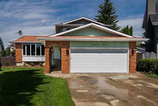Photo 2: 1043 58 Street in Edmonton: Zone 29 House for sale : MLS®# E4167294