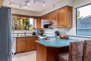 Photo 5: 241 ANGELA Drive in Port Moody: College Park PM House for sale : MLS®# R2417726