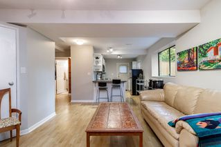 Photo 12: 241 ANGELA Drive in Port Moody: College Park PM House for sale : MLS®# R2417726
