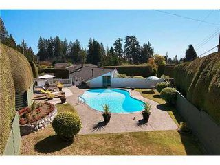 Photo 2: 695 BURLEY Drive in West Vancouver: Home for sale : MLS®# V973541