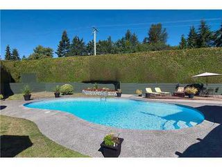 Photo 3: 695 BURLEY Drive in West Vancouver: Home for sale : MLS®# V973541