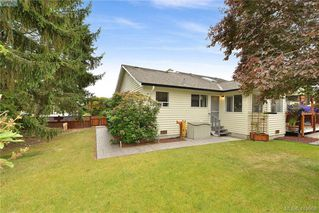 Photo 32: 10238 Resthaven Drive in SIDNEY: Si Sidney North-East Single Family Detached for sale (Sidney)  : MLS®# 419968
