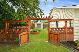 Photo 31: 10238 Resthaven Drive in SIDNEY: Si Sidney North-East Single Family Detached for sale (Sidney)  : MLS®# 419968