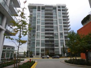 "Photo 1: 601 200 NELSON'S Crescent in New Westminster: Sapperton Condo for sale in ""The Sapperton"" : MLS®# R2433542"