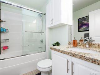 Photo 13: 218 2710 Jacklin Rd in VICTORIA: La Langford Proper Condo for sale (Langford)  : MLS®# 833056