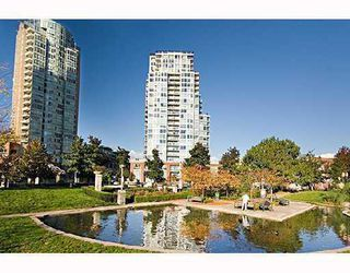 "Photo 1: 1506 550 TAYLOR Street in Vancouver: Downtown VW Condo for sale in ""THE TAYLOR"" (Vancouver West)  : MLS®# V782558"