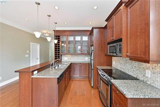 Photo 8: 3 710 Linden Avenue in VICTORIA: Vi Fairfield West Row/Townhouse for sale (Victoria)  : MLS®# 426030
