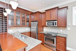 Photo 7: 3 710 Linden Avenue in VICTORIA: Vi Fairfield West Row/Townhouse for sale (Victoria)  : MLS®# 426030