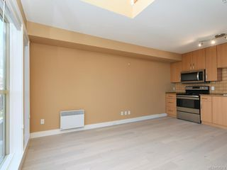 Photo 10: 304 1155 Yates St in Victoria: Vi Downtown Condo Apartment for sale : MLS®# 836214