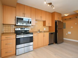 Photo 12: 304 1155 Yates St in Victoria: Vi Downtown Condo Apartment for sale : MLS®# 836214