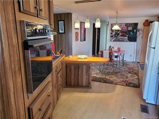Photo 8: 6 158 Cooper Rd in View Royal: VR Glentana Manufactured Home for sale : MLS®# 827901