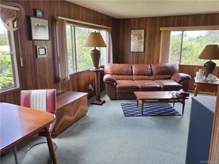 Photo 3: 6 158 Cooper Rd in View Royal: VR Glentana Manufactured Home for sale : MLS®# 827901