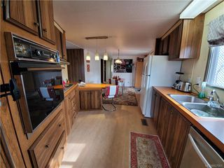 Photo 13: 6 158 Cooper Rd in View Royal: VR Glentana Manufactured Home for sale : MLS®# 827901