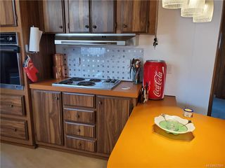 Photo 9: 6 158 Cooper Rd in View Royal: VR Glentana Manufactured Home for sale : MLS®# 827901