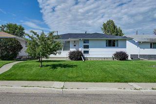 Photo 2: 6504 92A Avenue in Edmonton: Zone 18 House for sale : MLS®# E4207529
