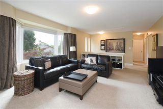 Photo 2: 4362 Elnido Cres in : SE Mt Doug Single Family Detached for sale (Saanich East)  : MLS®# 850567