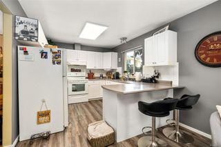 Photo 11: 2949 Robalee Pl in : La Goldstream Half Duplex for sale (Langford)  : MLS®# 855490