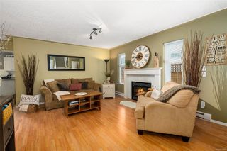 Photo 6: 2949 Robalee Pl in : La Goldstream Half Duplex for sale (Langford)  : MLS®# 855490