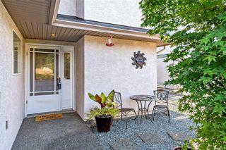 Photo 4: 2949 Robalee Pl in : La Goldstream Half Duplex for sale (Langford)  : MLS®# 855490