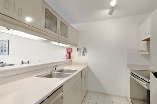"Photo 13: 105 888 W 13TH Avenue in Vancouver: Fairview VW Condo for sale in ""CASABLANCA"" (Vancouver West)  : MLS®# R2498266"