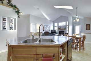 Photo 7: 209 Prestwick Estate Way SE in Calgary: McKenzie Towne Detached for sale : MLS®# A1058206
