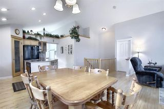 Photo 11: 209 Prestwick Estate Way SE in Calgary: McKenzie Towne Detached for sale : MLS®# A1058206