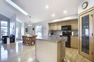 Photo 8: 209 Prestwick Estate Way SE in Calgary: McKenzie Towne Detached for sale : MLS®# A1058206