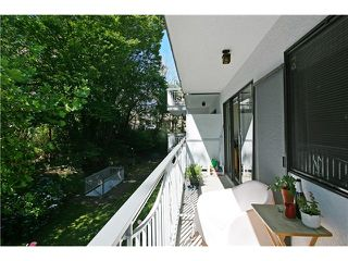 "Photo 9: 202 1950 W 8TH Avenue in Vancouver: Kitsilano Condo for sale in ""MARQUIS MANOR"" (Vancouver West)  : MLS®# V841892"