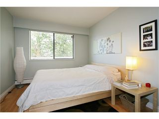 "Photo 7: 202 1950 W 8TH Avenue in Vancouver: Kitsilano Condo for sale in ""MARQUIS MANOR"" (Vancouver West)  : MLS®# V841892"