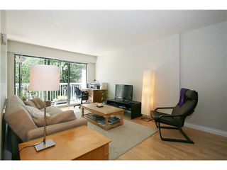 "Photo 2: 202 1950 W 8TH Avenue in Vancouver: Kitsilano Condo for sale in ""MARQUIS MANOR"" (Vancouver West)  : MLS®# V841892"
