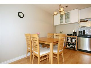 "Photo 4: 202 1950 W 8TH Avenue in Vancouver: Kitsilano Condo for sale in ""MARQUIS MANOR"" (Vancouver West)  : MLS®# V841892"
